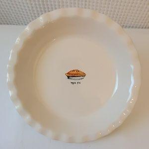 """RAE DUNN """"apple pie"""" Ceramic Baking Pan"""